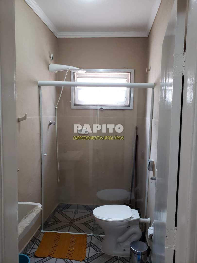 Apartamento com 1 dorm, Maracanã, Praia Grande - R$ 100 mil, Cod: 60011295