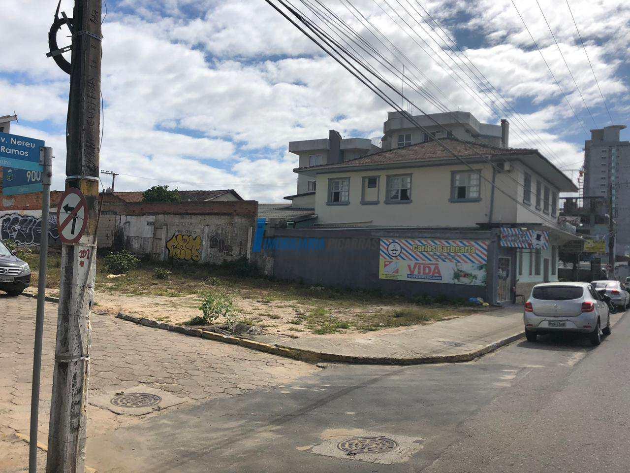 Terreno, Centro, Balneário Piçarras, 415m² - Codigo: 7