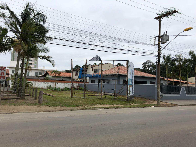 Terreno Avenida Nereu Ramos - Balneário Piçarras