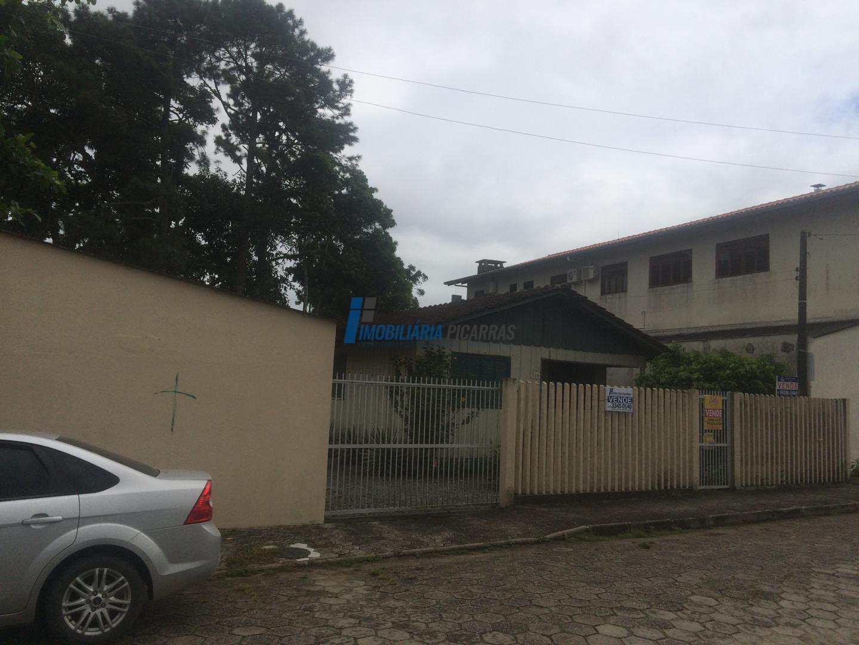 Terreno 450m2 no Centro, Balneário Piçarras