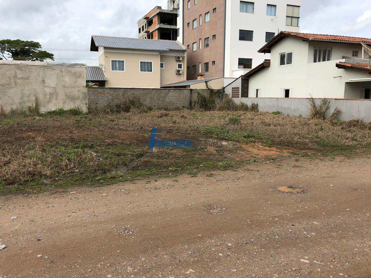 Terreno pronto há 300m da Praia de Piçarras !!!!
