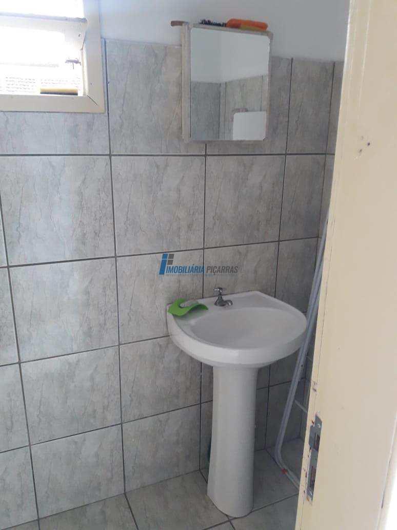 Casa para temporada 04 dormitórios Centro Balalneário Piçarras