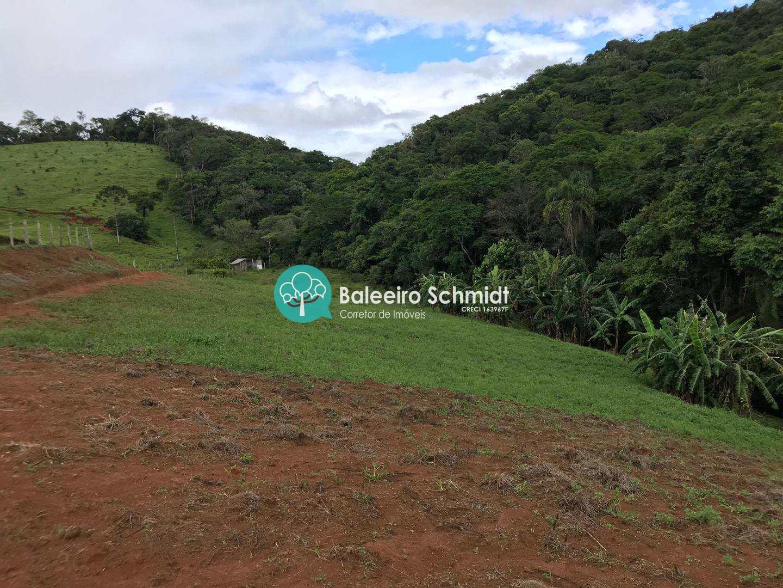 Chácara a venda em Santo Antônio do Pinhal.