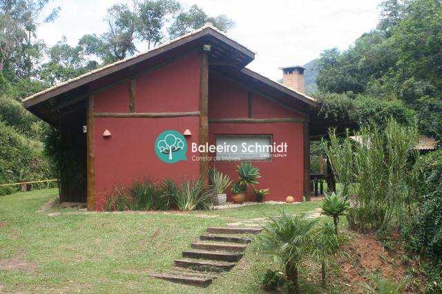 Chácara em Santo Antônio do Pinhal.