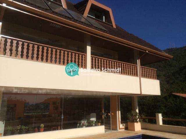 Casa alto padrão em Condominio em Santo Antonio do Pinhal