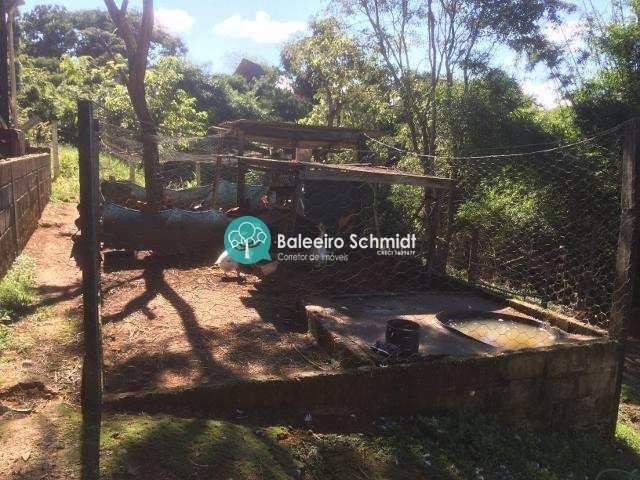 Chácara com 2 dorms, Centro, Santo Antônio do Pinhal.