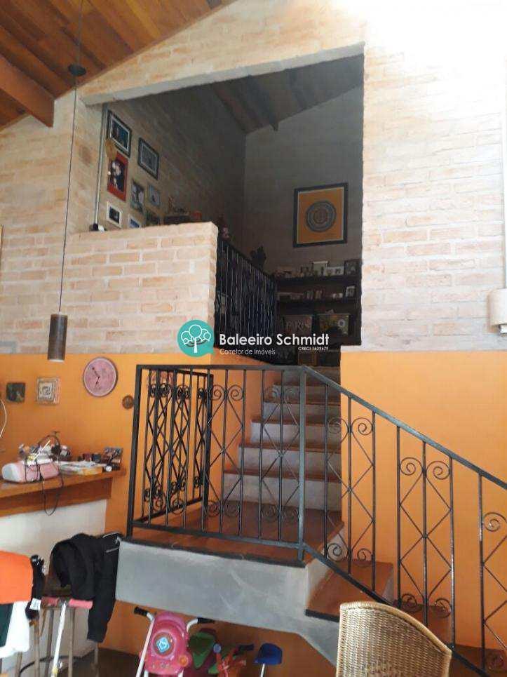 Casa a venda em Santo Antonio do Pinhal