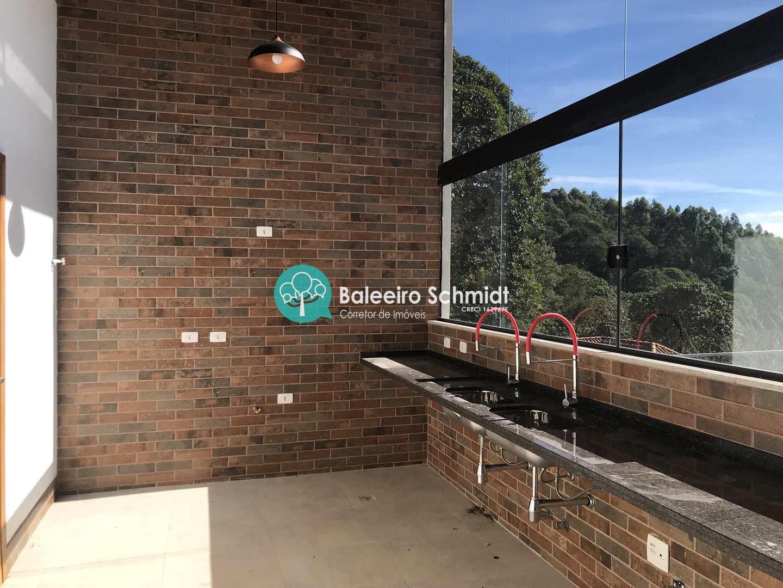 Casa alto padrão em Condominio Fechado