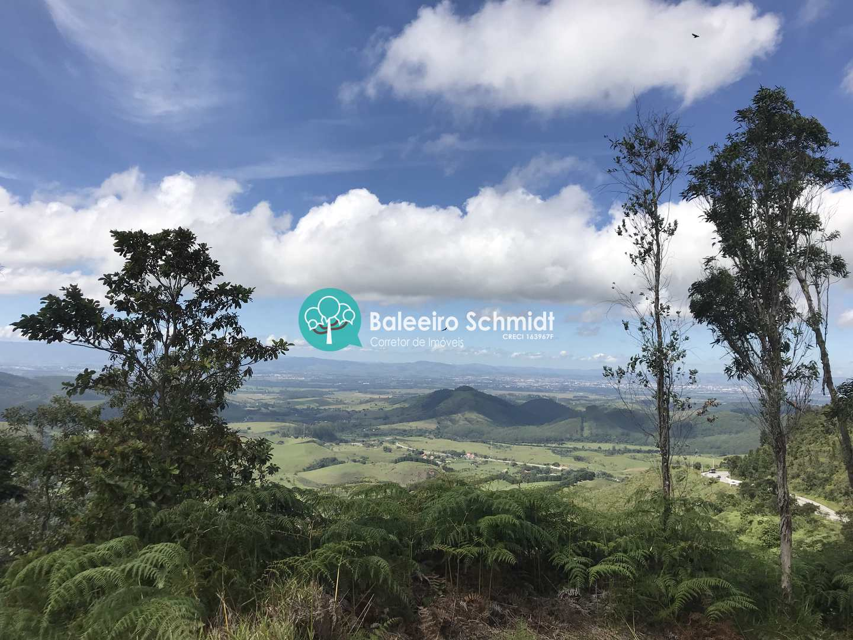 Sitio com vista para o Vale do Paraiba