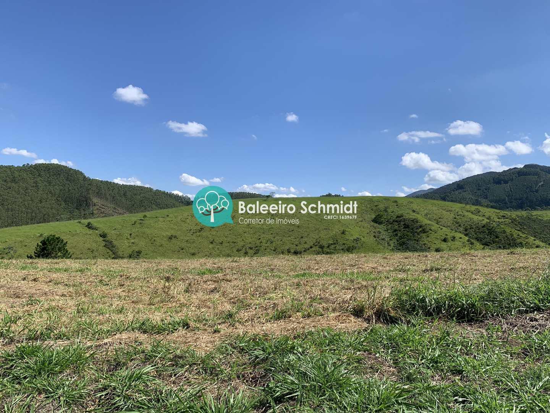Terreno plano 20 mil m2 Vista para Serra da Mantiqueira
