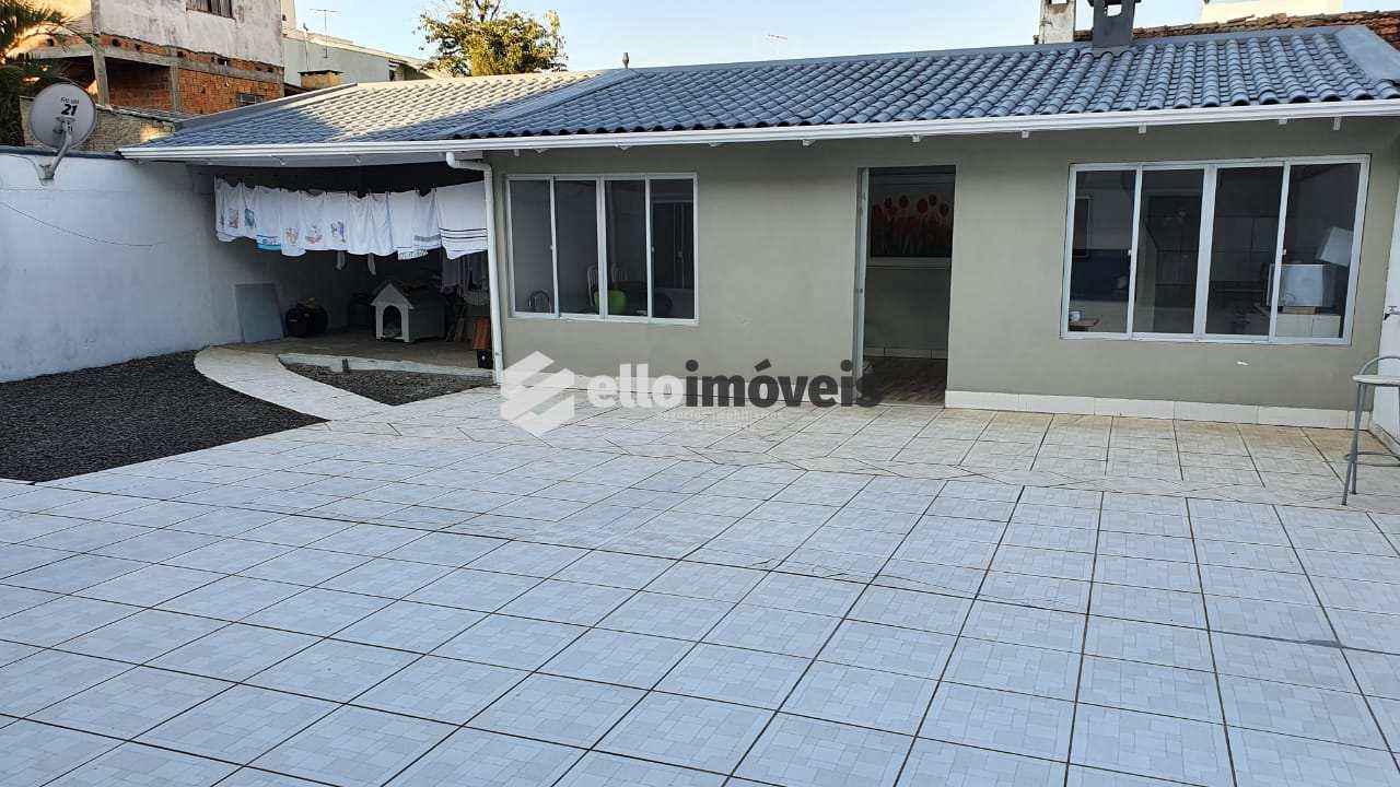 Casa com 5 dorms, Coral, Lages - R$ 700 mil, Cod: 142