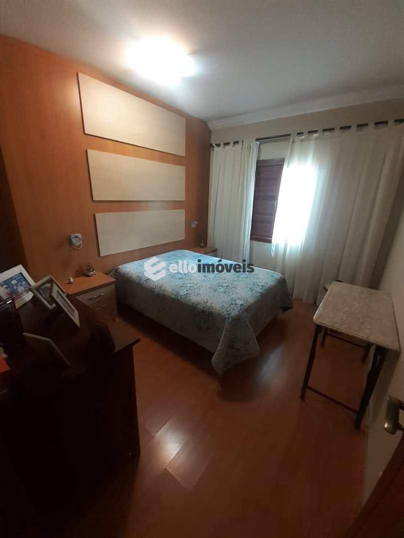 Casa com 3 dorms, Sagrado Coração de Jesus, Lages - R$ 900 mil, Cod: 156