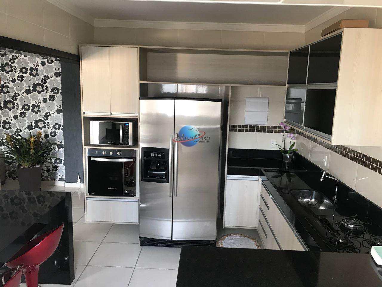 Apartamento 3 dormitórios à venda na cidade de Praia Grande Sp