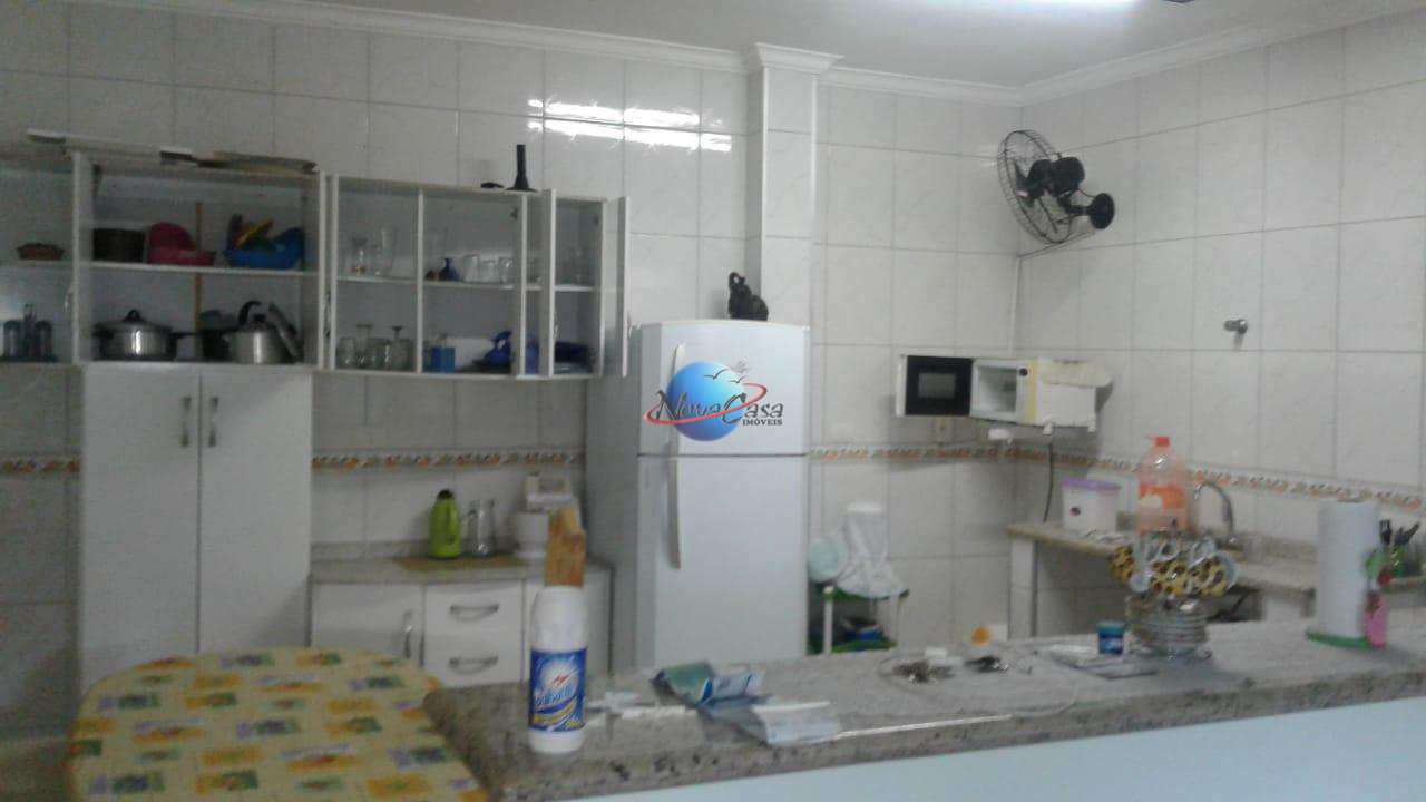 Casa com 2 dorms, Aviação, Praia Grande - R$ 280.000,00, 120m² - Codigo: 42