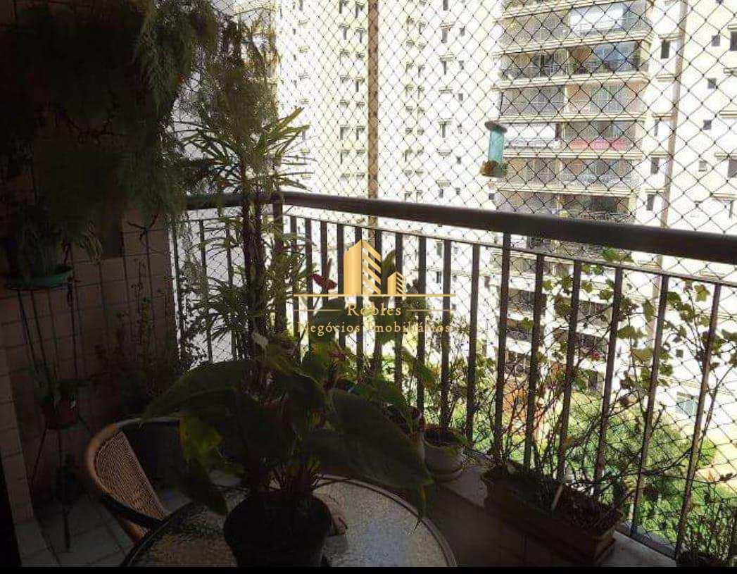 Apartamento com 3 dorms, Brooklin Novo, São Paulo - R$ 950 mil, Cod: 242