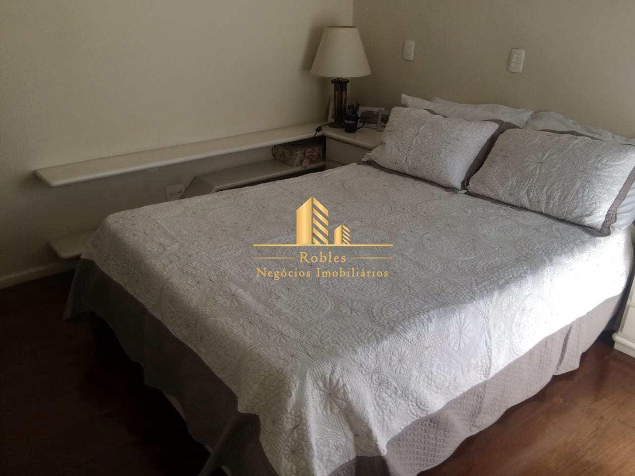 Apartamento com 3 dorms, Moema, São Paulo - R$ 1.35 mi, Cod: 439