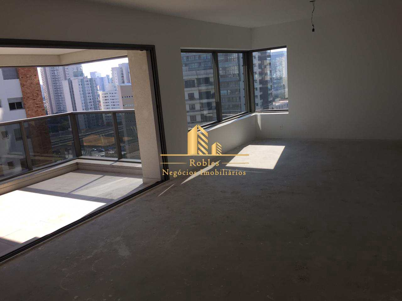 Apartamento com 3 dorms, Campo Belo, São Paulo - R$ 3 mi, Cod: 610