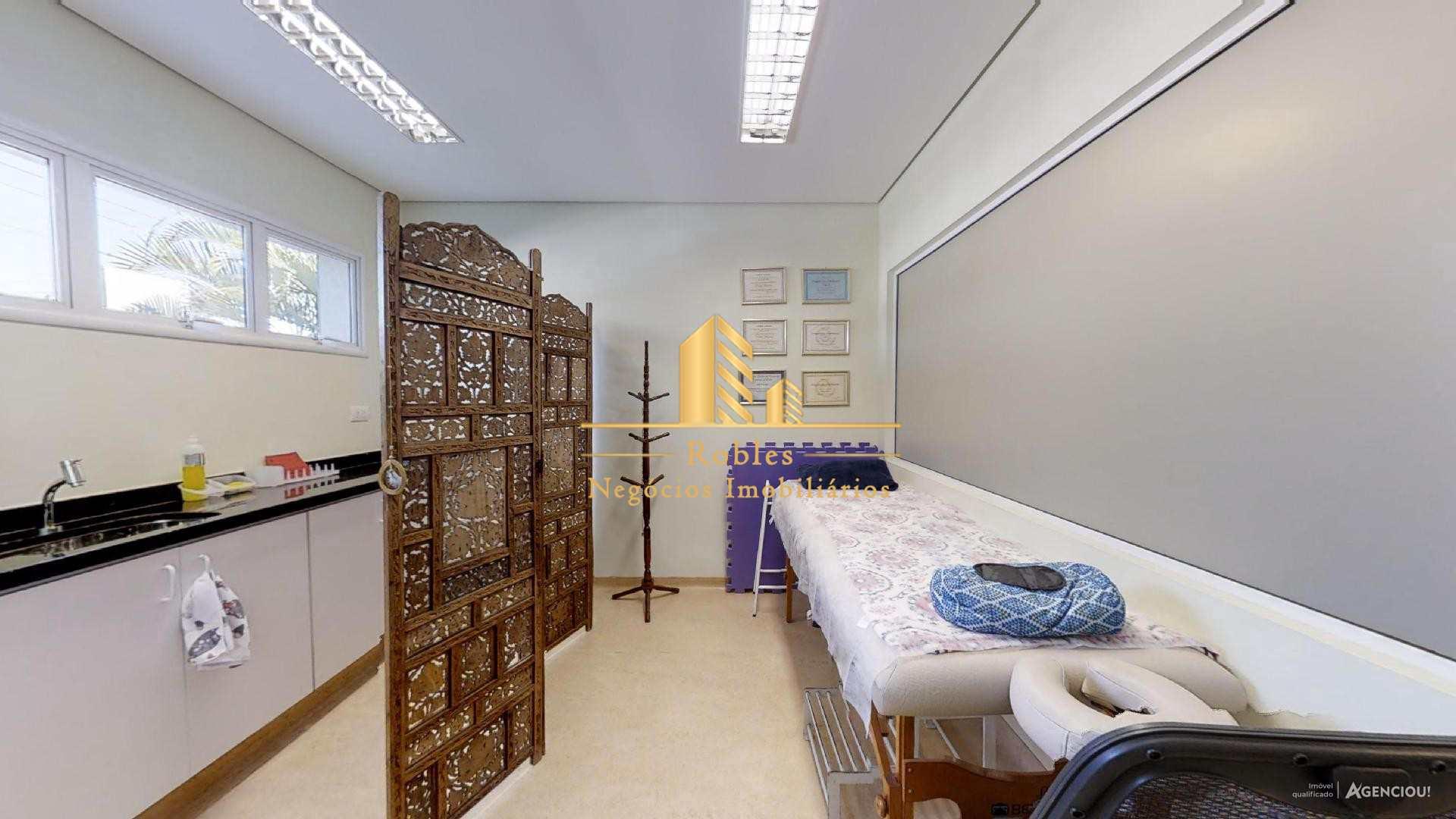 Casa com 1 dorm, Indianópolis, São Paulo - R$ 4.5 mi, Cod: 741