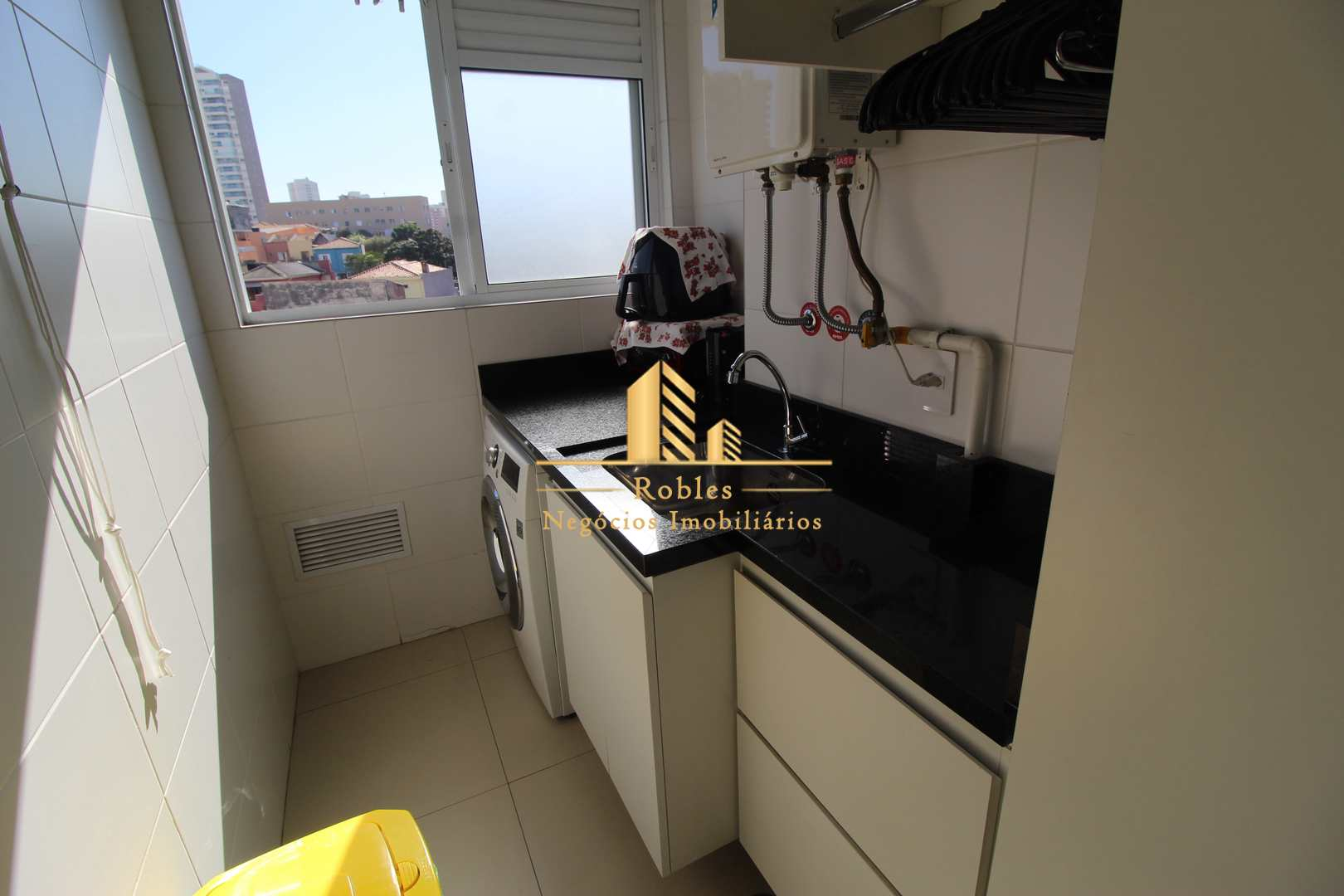 Apartamento mobiliado na Vila Mariana 3 dormitórios.