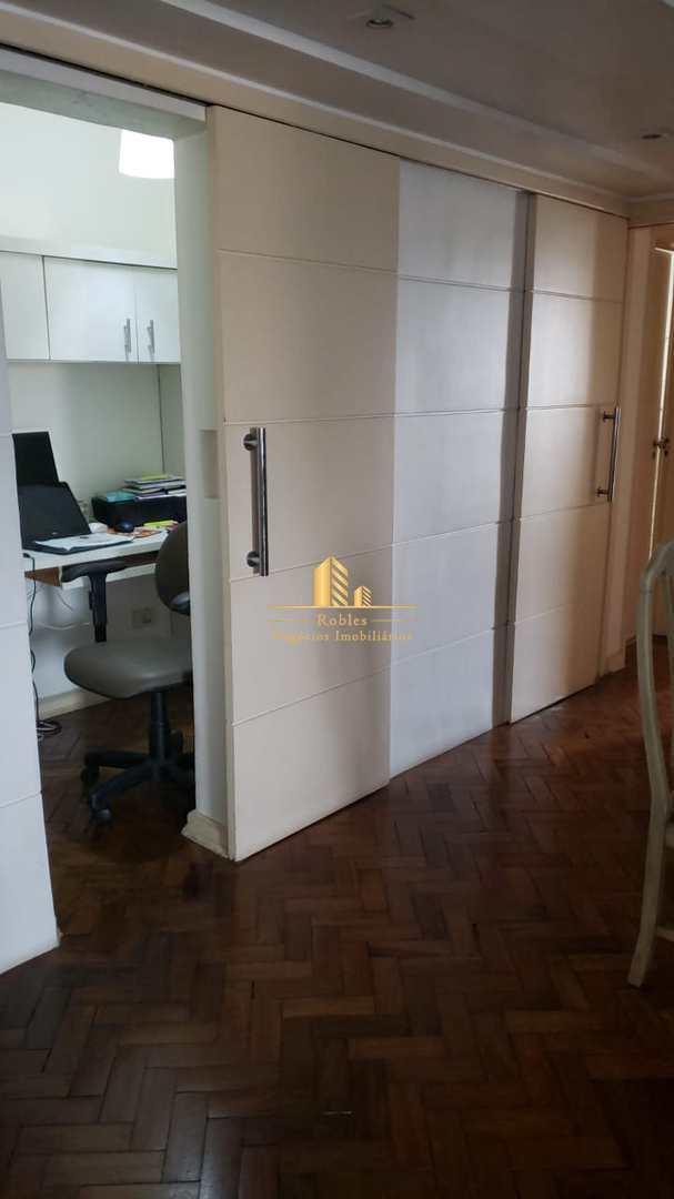 Apartamento com 3 dorms, Alto da Boa Vista, São Paulo - R$ 830 mil, Cod: 1300