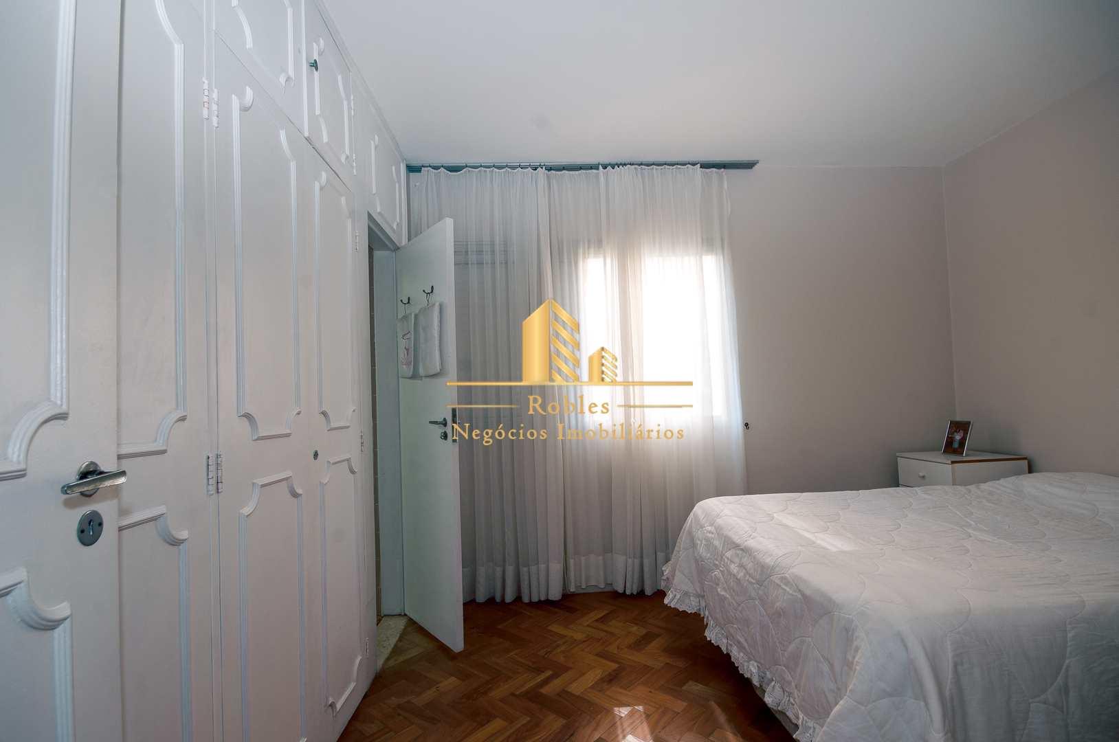 Apartamento com 3 dorms, Alto da Boa Vista, São Paulo - R$ 750 mil, Cod: 1347