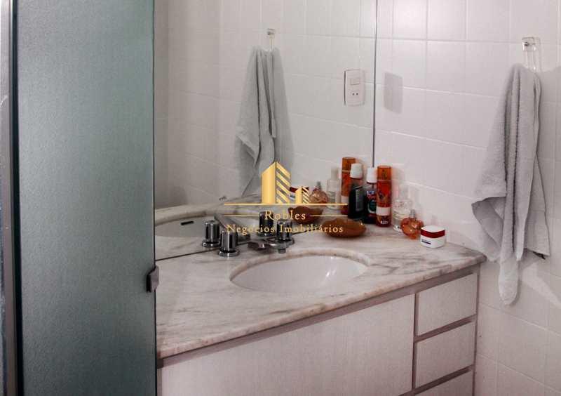 Cobertura com 2 dorms, Vila Olímpia, São Paulo - R$ 1.55 mi, Cod: 1386