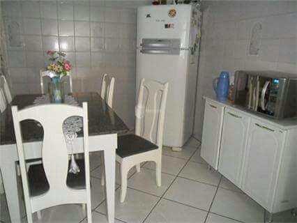 Casa com 3 dorms, Nova Gerty, São Caetano do Sul - R$ 630 mil, Cod: 167