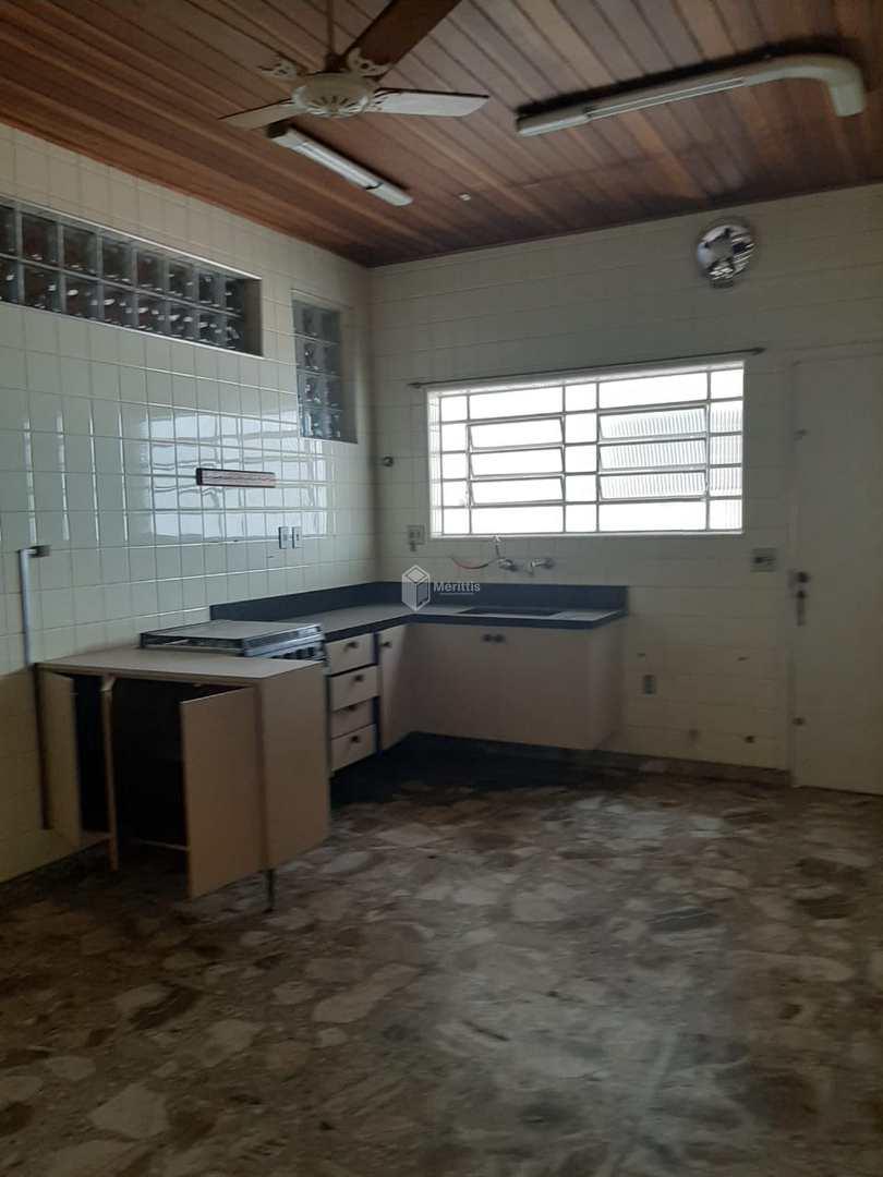 Casa com 4 dorms, Santa Maria, São Caetano do Sul - R$ 820 mil, Cod: 804