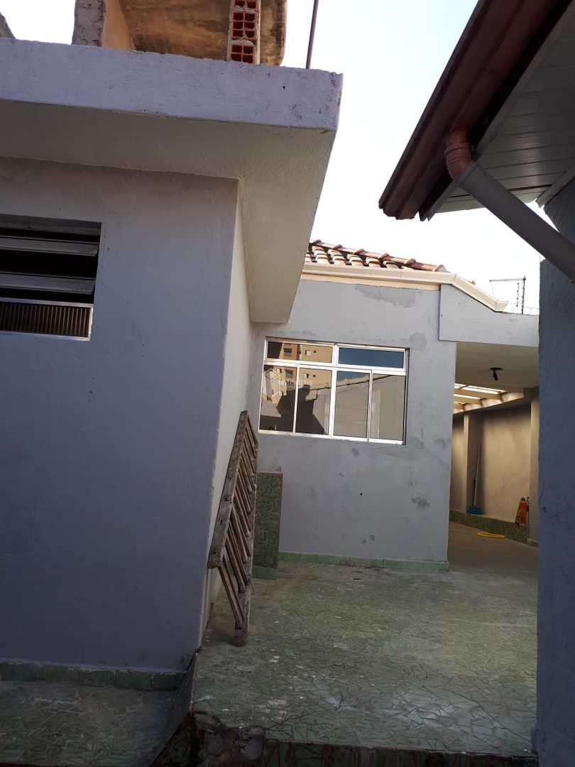 Casa com 3 dorms, Santa Paula, São Caetano do Sul - R$ 850 mil, Cod: 823
