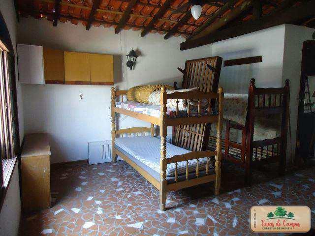 Casa com 4 dorms, Centro, Itanhaém - R$ 275 mil, Cod: 52326143