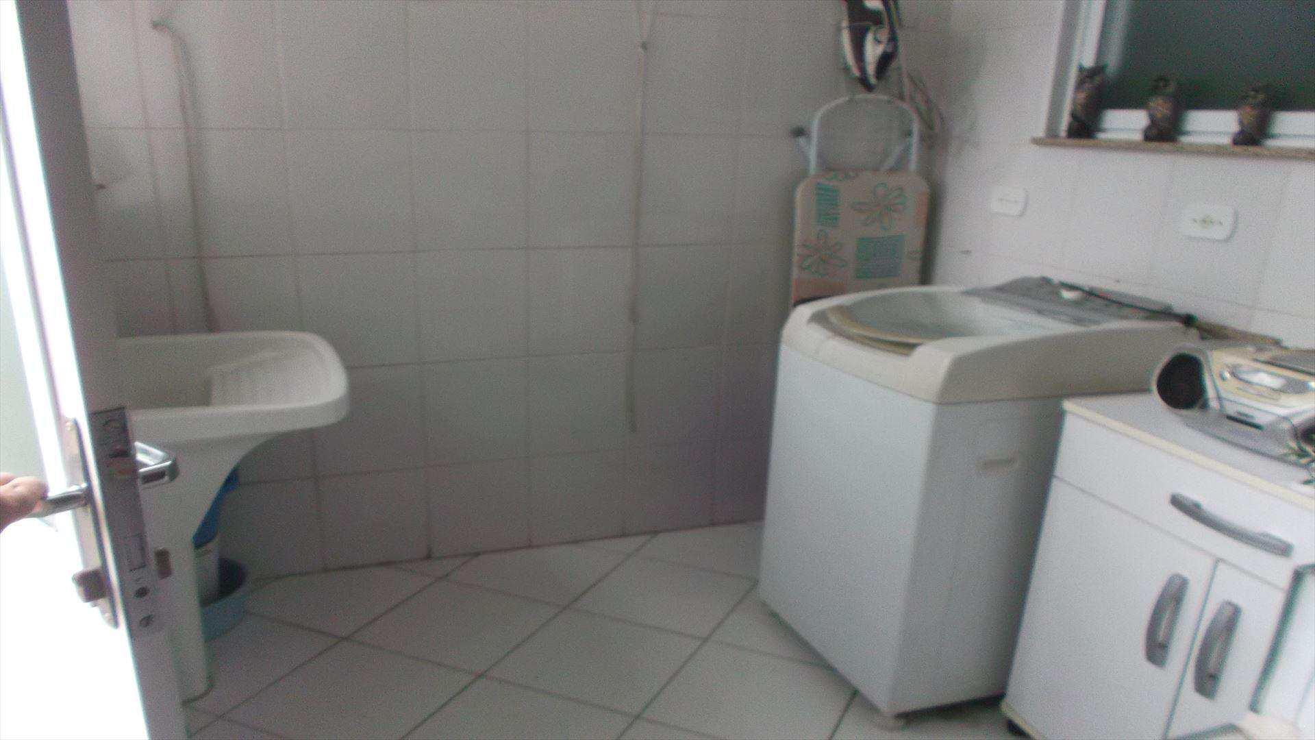 Casa com 3 dorms, Boqueirão, Santos - R$ 870 mil, Cod: 10055