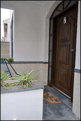 Sobrado em Santos bairro Boqueirão