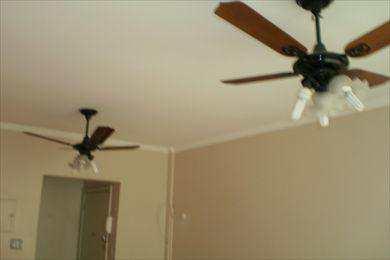 Sala com vent. de teto
