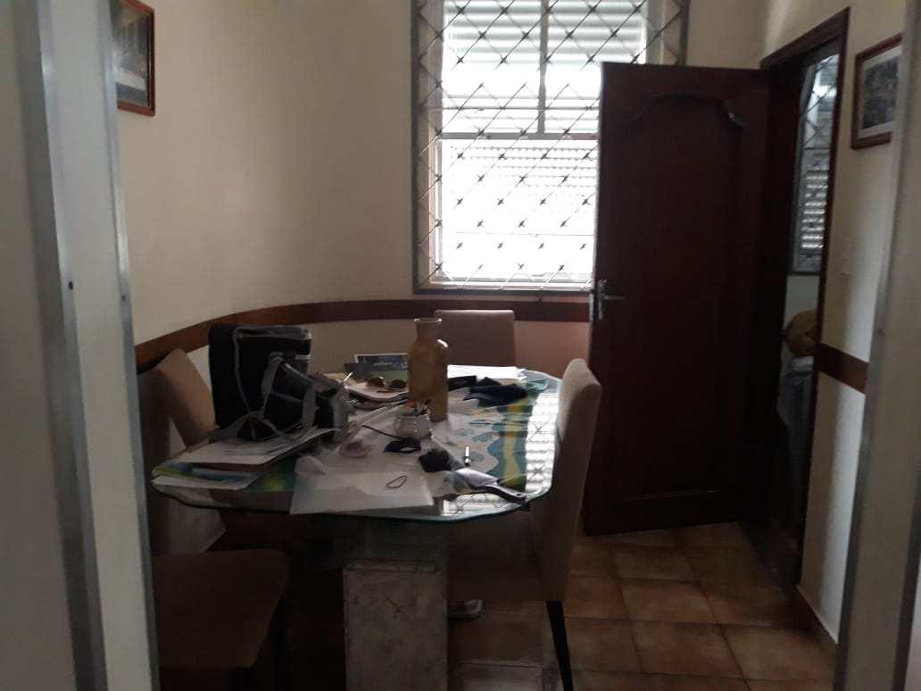 Casa c/3 dorms. Boq. Santos R$ 600 mil Cód: 10586