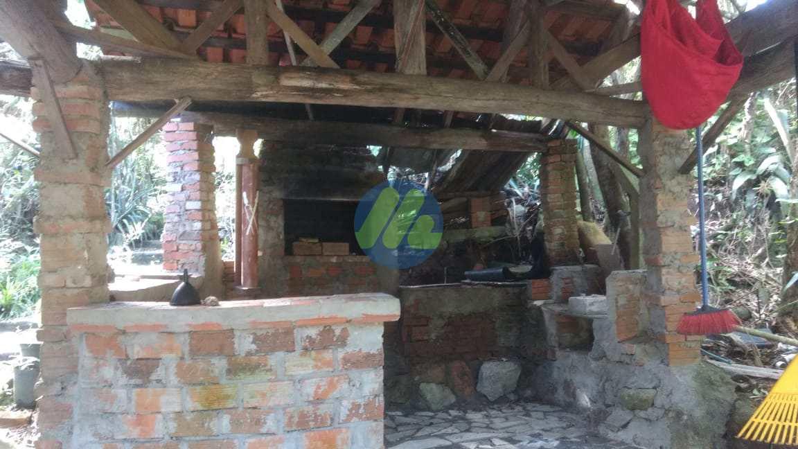 Chácara com 6 dorms, Fragata, Pelotas - R$ 340 mil, Cod: 77
