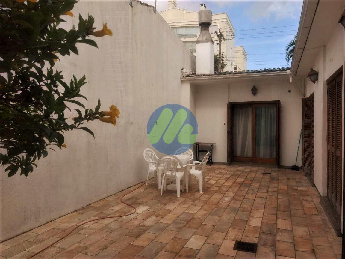 Casa com 3 dorms, Centro, Pelotas - R$ 860 mil, Cod: 78