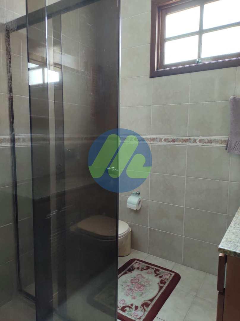 Sobrado com 3 dorms, Parque Tênis Clube, Pelotas - R$ 670 mil, Cod: 147