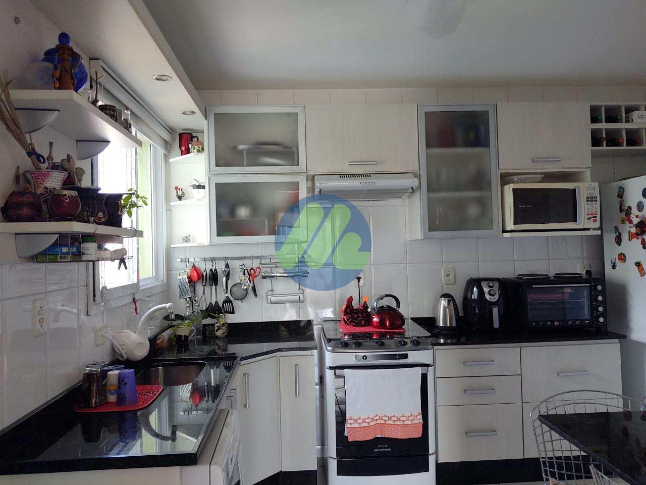 Apartamento com 3 dorms, Três Vendas, Pelotas - R$ 310 mil, Cod: 161