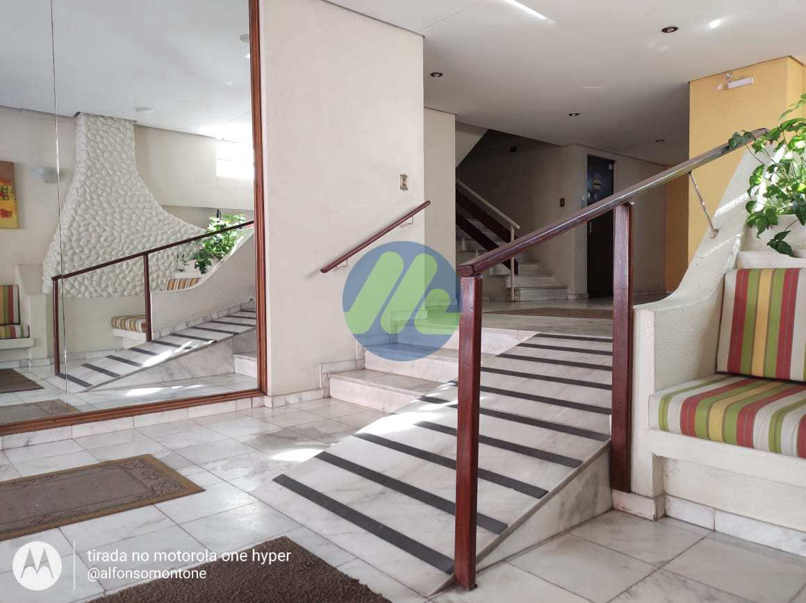 Apartamento com 3 dorms, Centro, Pelotas - R$ 430 mil, Cod: 208