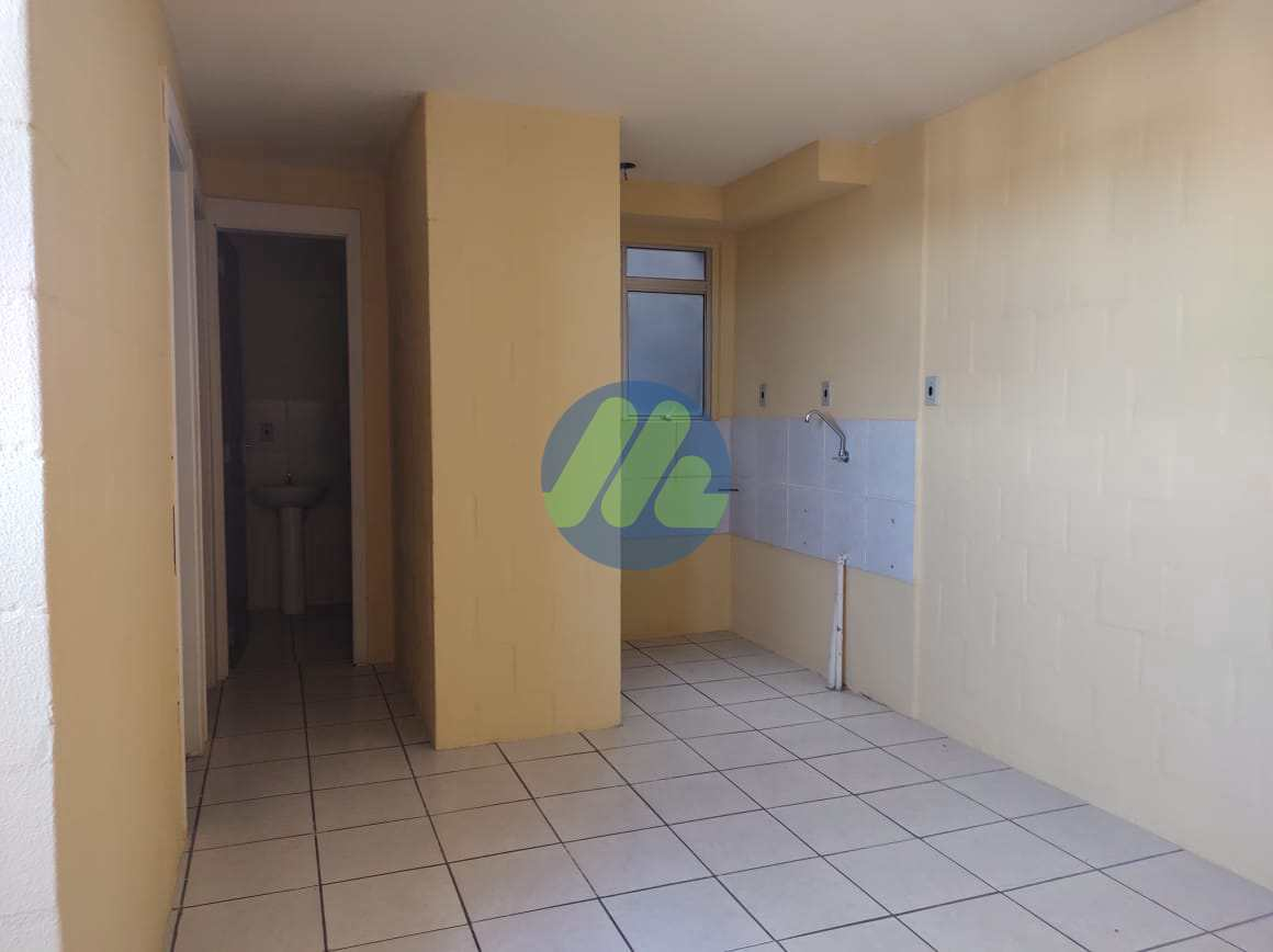 Apartamento com 2 dorms, São Gonçalo, Pelotas - R$ 128 mil, Cod: 222