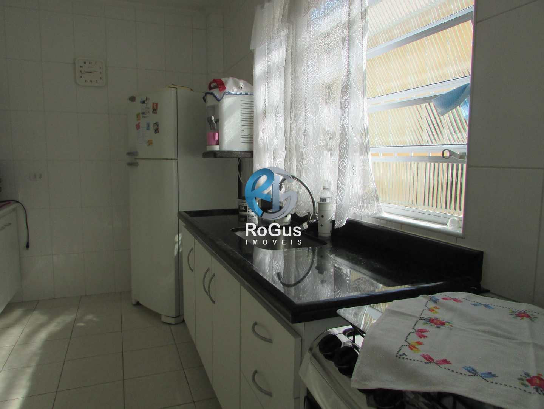 Sobrado com 3 dorms, São Jorge, Santos - R$ 450 mil, Cod: 371