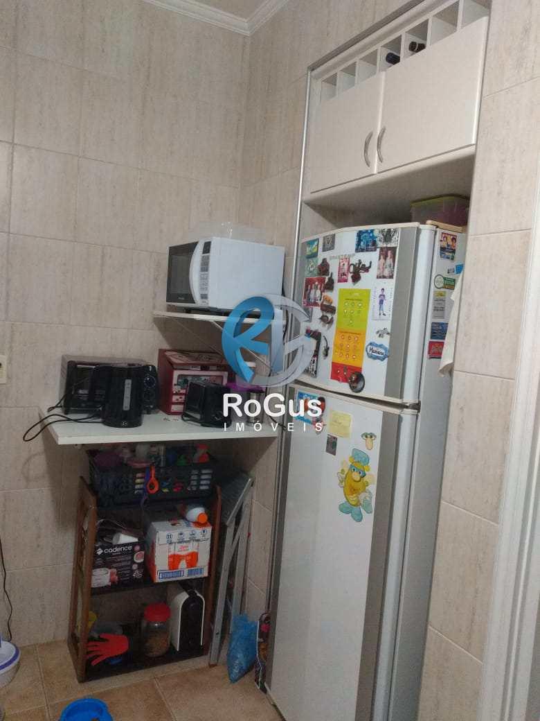 Apartamento com 2 dorms, Gonzaga, Santos - R$ 335 mil, Cod: 693