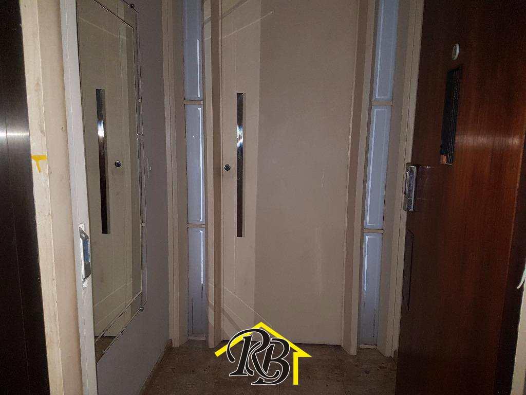 Apartamento com 4 dorms, Boqueirão, Santos - R$ 750 mil, Cod: 56697270