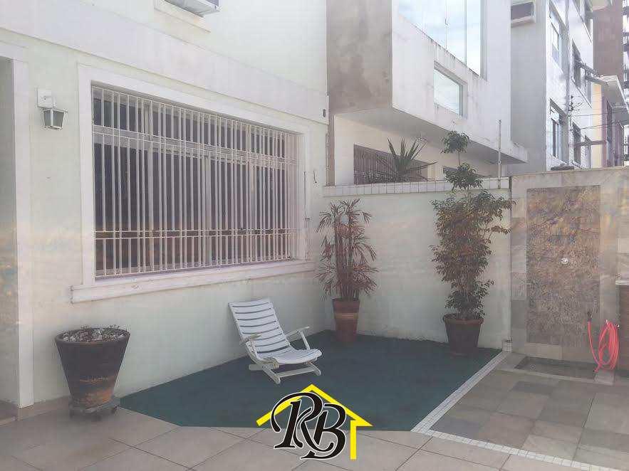 Sobrado com 3 dorms, Ponta da Praia, Santos - R$ 875 mil, Cod: 55827988