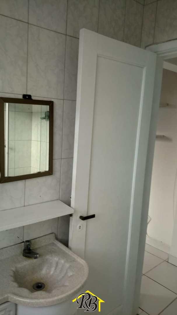 Kitnet com 1 dorm, Centro, São Vicente - R$ 175 mil, Cod: 61523813