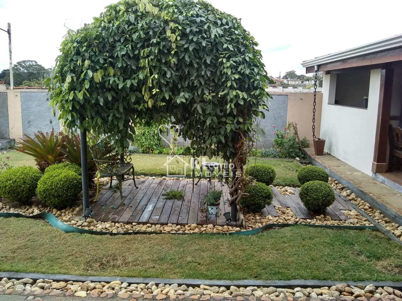 Sobrado com 4 dorms, Jardim Tapajós, Atibaia - R$ 1.3 mi, Cod: 118