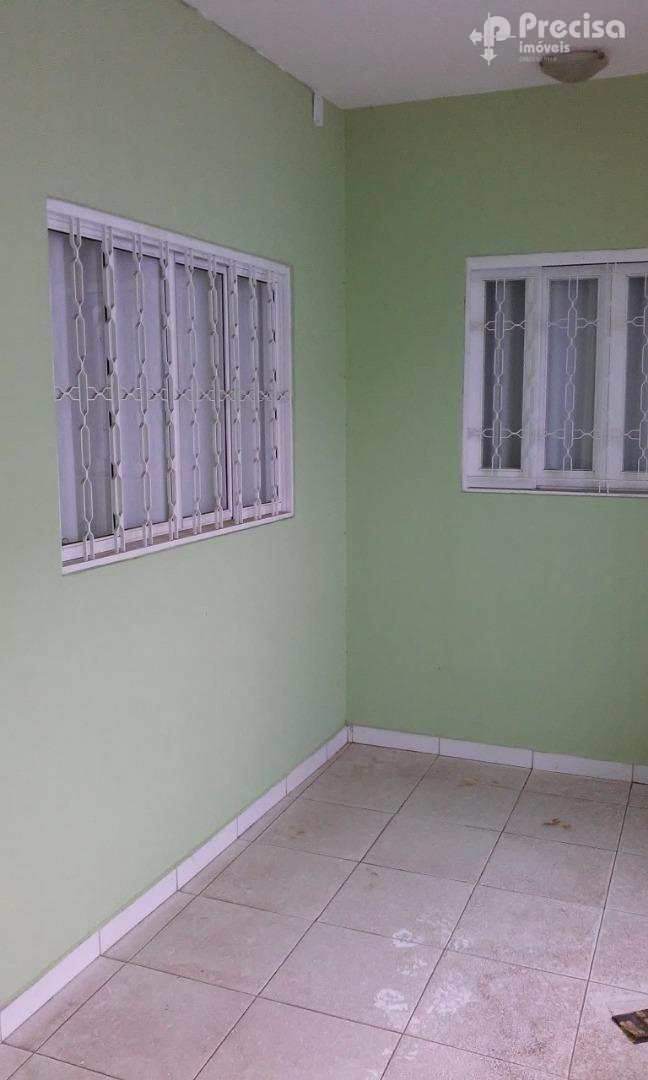 Sobrado com 3 dorms, Centro, Lorena - R$ 350 mil, Cod: 62345589