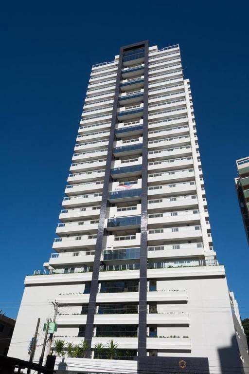 Apartamento com 3 dormitórios à venda, 163 m² por R$ 1.588.484