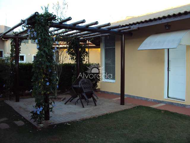 Casa de Condomínio com 6 dorms, Ville Chamonix, Itatiba - R$ 1.85 mi, Cod: CF054