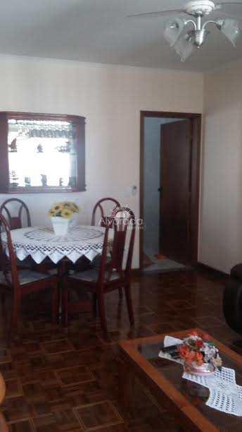 Casa com 3 dorms, Vila Metalúrgica, Santo André - R$ 700 mil, Cod: CA045